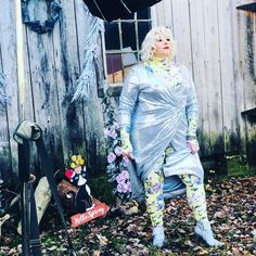 """Pictures from my Photoshoot for @theknockturnal magazine holiday story...These are a few of my favorite things featuring Fashion Blogger;…"""" • Dec 22, 2020 at 12:15am UT Lovers Art, Wearable Art, Favorite Things, Jewelry Design, Photoshoot, Magazine, Pictures, Holiday, Fashion Trends"""