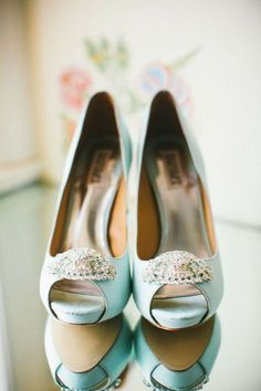 50+ Mint Wedding Color Ideas You will Love   Shoes shoes shoes ...