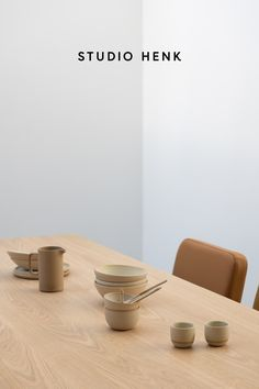 Discover the high-quality oak dining tables from Studio HENK. Each table is customisable so you can choose your favourite shape, frame and wood finish. Click to shop the collection online now. #studiohenk #diningtable #oak #oaktable #quality #customisable #furniture #diningfurniture #slowliving #minimalaesthetic #naturaldecor #naturalinterior #neautraldecor