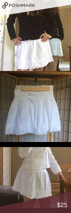 """Mini skirt White mini skirt 13"""" plus elastic in the waist and 15"""" long. With flower embroider in the bottom of the skirt. The black xoxo blazer it's in my profile for sale too. Guess Skirts Circle & Skater"""