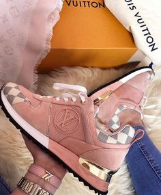 Louis Vuitton Sneakers in Pretty Pink Color Hype Shoes, Women's Shoes, Me Too Shoes, Shoe Boots, Sneakers Fashion, Fashion Shoes, Fashion Fashion, Runway Fashion, Fashion Women