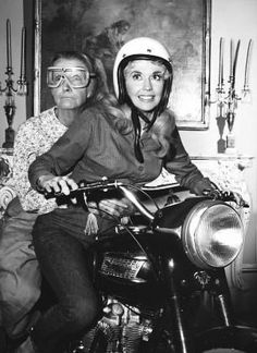 Beverley hilbillies THE CLAMPETS - ELLIE MAE AND GRANNIE -  triumph MOTORCYCLE