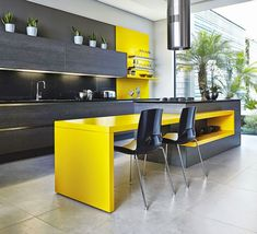 Yellow kitchen will be so much attractive for any home design whether big or small. It gives your room a bright color and more spacious. So, here are some yellow kitchen ideas for designing your kitchen room. Contemporary Kitchen, Kitchen Remodel, Kitchen Design, Kitchen Island Design, New Kitchen, Kitchen Interior, Yellow Kitchen Designs, Small Modern Kitchens, Modern Kitchen Design