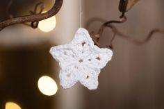 Christmas Porch, Magical Christmas, Christmas Holidays, Christmas Decorations, Snowman Ornaments, Christmas Ornaments, Holiday Crochet, Primitive Folk Art, Felt Hearts