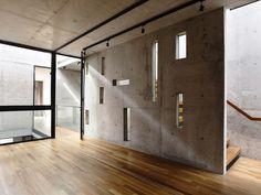 Gallery of Belimbing Avenu / hyla architects - 23