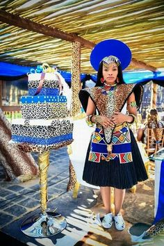 Ndlovukazi, mhlekazi, mama we sizwe. Zulu Traditional Attire, African Traditional Wedding Dress, Traditional Wedding Attire, Traditional Outfits, African Wedding Attire, African Attire, African Wear, African Women, African Weddings