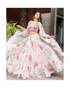 Nidhhi Agerwal Hot HD Photos & Wallpapers - Nidhhi Agerwal is an Indian model, dancer and actress who appears in Bollywood and Telugu films. In she made her acting debut in the film Munna Michael. She was Yamaha Fascino Miss Diva 2014 finalist. Wedding Dresses For Girls, Indian Wedding Outfits, Girls Dresses, Indian Outfits Modern, Indian Designer Outfits, Designer Dresses, Designer Bridal Lehenga, Lehnga Dress, Indian Gowns Dresses