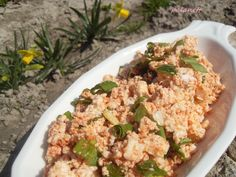 Medvehagymás körözött Cauliflower, Vegetables, Recipes, Food, Cauliflowers, Recipies, Essen, Vegetable Recipes, Meals