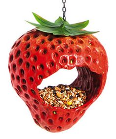 Invite avian visitors to your garden with this strawberry-shaped bird feeder that's durably constructed from polystone. Bird feed not W x H x DPolystoneImported Strawberry Kitchen, Strawberry Recipes, Bird House Feeder, Bird Feeders, Strawberry Pictures, Strawberry Decorations, Strawberry Fields Forever, Red Fruit, Strawberry Shortcake