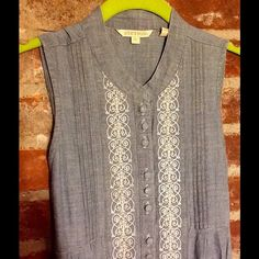 DENIM MINI DRESS OR TUNIC Stetson lightweight denim mini dress or tunic. Cute lace and button detail down the front. Perfect with flats, sandals, over white jeans or tights, whatever you decide! Ties in the back for a lovely fit. XS Stetson Dresses
