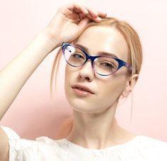 Con la llegada de las lentes de contacto, las gafas para visión han pasado de la categoría de un accesorio necesario a elegante y estiloso. La montura bien elegida puede cambiar radicalmente la imagen y ajustar las proporciones de la cara Fashion Accessories, Eyes, Glasses, Fashion Eye Glasses, Accessories, Eye Contact Lenses, Faces, Elegant, Style