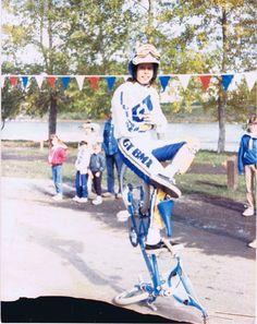 """Martin Aparijo on the set of """"Rad. Bmx Bikes, Road Bikes, Gt Bmx, Bicycle Types, Bmx Freestyle, The Old Days, Old Skool, Back In The Day, Mtb"""