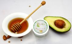 AGE DEFYING HONEY: Antioxidants of honey and Chiruanji, together works on all the signs of aging. Regular use will lighten existing signs of aging, and will prevent the skin from getting effected by age.