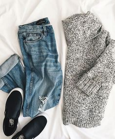 Grey marled sweater, distressed denim & black sneakers // sporty chic