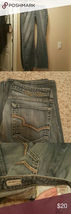 Big star jeans (Buckle) low boot, faded wash Size 28 R, no rips, tears or stains, bottom edges are in great condition too.  Great sturdy pair of jeans. Big Star Jeans Boot Cut