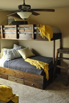 Lakehouse Bunkbeds | Jacob Dyln