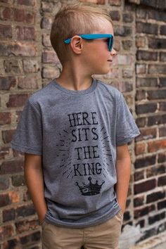 Kids Graphic Here Sits the King Tee – UOIOnline.com  Women s Clothing  Boutique c3a4e317cf9f2