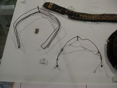 wire structure for gabled headress and Dutch ear wires