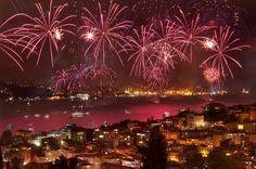 İSTANBULDA 2014 HAVAYİ FİŞEK GÖSTERİSİ -