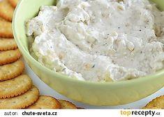 Cibulová pomazánka s Nivou recept - TopRecepty.cz Party Snacks, Feta, Camembert Cheese, Dairy, Invite, Appetizers For Party