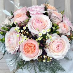 Juliet and Keira Cottage Garden Bouquet - David Austin Luxury Rose Bouquets, Cut Roses and Wedding Roses - David Austin Roses