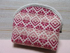 Sashiko Embroidery, Japanese Embroidery, Cross Stitch Embroidery, Embroidery Patterns, Cross Stitch Patterns, Swedish Weaving, Brick Stitch, Sewing Techniques, Design Crafts