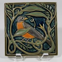 Rookwood Pottery - Revival Robin tile by Cincinnati artist Terri Kern; - Rookwood Pottery – Revival Robin tile by Cincinnati artist Terri Kern; arts and crafts; Azulejos Art Nouveau, Art Nouveau Tiles, Art Deco, Arts And Crafts Movement, Craftsman Tile, Fun Craft, Rookwood Pottery, Artistic Tile, Art And Craft Design