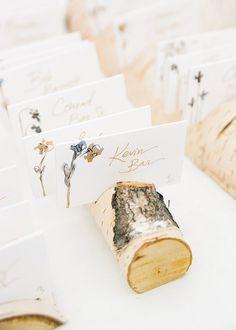 wedding place cards - photo by Jenn Emerling http://ruffledblog.com/whimsical-michigan-beach-wedding