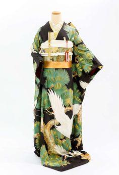25 アンティーク引き振袖 黒地 老松総柄に鶴