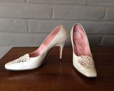 Vintage 1950s Stiletto Pumps Shoes 50s 60s Rockabilly Pearlized White Leather High Heels Mad Men Era by Johansen Lewis Salon Ladies Size 7 by elliemayhems on Etsy https://www.etsy.com/listing/236287140/vintage-1950s-stiletto-pumps-shoes-50s