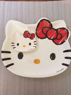 Sanrio-Japan-Hello-Kitty-Kitchen-Die-Cut-Melamine-Plate-Dish-mini-Plate-set