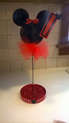 $8.50 Minnie Mouse Themed Birthday Party Centerpiece by PartyStylingsofMandy on Etsy
