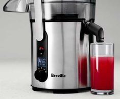 Breville BJE510XL Juice Fountain Multi-Speed 900-Watt Juicer Juice jug and froth separator, detachable spout, and cleaning brush included Now on sale Only $199!