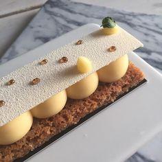 la tarte citron de @cyril_lignac #patisserie #miam #paris #cyrillignac