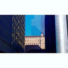 #dtla #losangeles #photography #skyscraper #windows #building #destination #downtownla #city #travel #citylife #streetphotography #streetphoto #dtlalife #streets