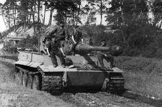 Panzerkampfwagen VI Tiger (8,8 cm L/56) (Sd.Kfz. 181) Ausf. E (Fgst.Nr. 250179) | This Tiger H (L/56) with Fahrgestellnummer 250179 was assembled between February and March 1943.  It is outfitted with five S-Minenwerfer and still equipped with Nebelwurfgeräte on each side of the turret, a feature dropped in June 1943.