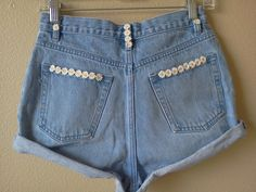 Fashion DIY shorts!! Loveee!!