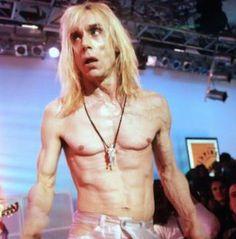 Iggy Pop on UK music TV show, The White Room, 1996