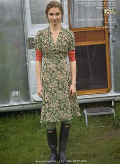 Calico dresses and wellies.  Yes.
