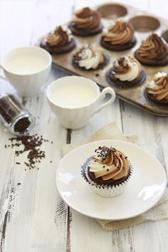 nutella cupcakes with almond butter and vanilla cream cheese frosting