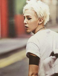 G-Dragon (Big Bang). The cross is awesome.