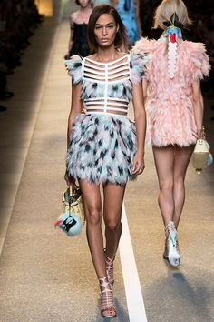 Joan Smalls for Fendi Spring/Summer 2015 ready-to-wear #MFW #Milan #FashionWeek