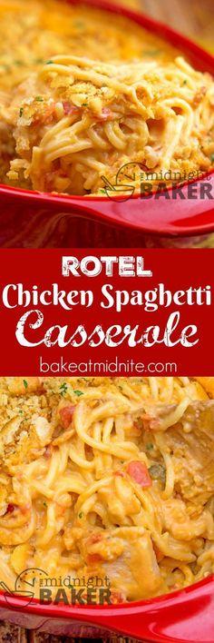 Rotel Cheesy Chicken Spaghetti Casserole ~ a creamy, comforting dinner recipe that the whole family will love!