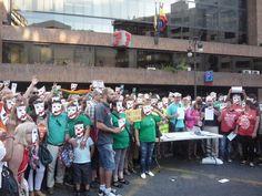 [Fotos] CGT-PV y otras 40 organizaciones firman contra la Ley Mordaza | Rojo y Negro