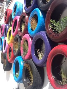 old-tires-planters - Home Decorating Trends - Homedit Tire Planters, Garden Planters, Painted Tires, Tire Garden, Tire Art, Tyres Recycle, Repurpose, Old Tires, Car Tyres