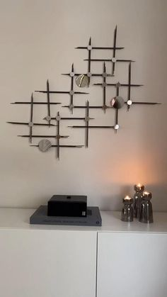 Diy Room Decor Videos, Diy Crafts For Home Decor, Craft Room Decor, Diy Wand, Diy Wall Art, Diy Wall Decor, Creative Wall Painting, String Wall Art, Metal Wall Decor