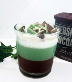 Discover thousands of images about Chocolate Mint Parfait Candle - 15 Incredible Handmade Candle Decoration Ideas Best Candles, Diy Candles, Diy Candle Ideas, Decorating Candles, Candle Decorations, Making Candles, Candle Making Business, Candle Craft, Candle Containers