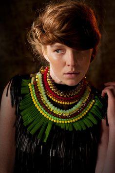 Photographe JP LACUBE Modèle LEONORE MASSON Make up et coiffure : Christelle RIBEIRO Styliste Marie REVELUT Bijoux Nadia DAFRI
