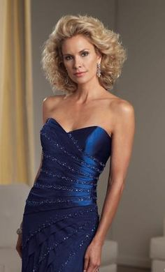 Montage 111903: buy this dress for a fraction of the salon price on PreOwnedWeddingDresses.com