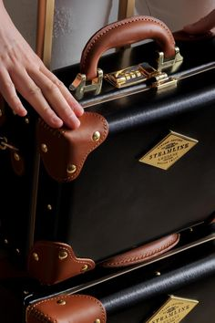 SteamLine Luggage is making me feel like I've been traveling the wrong way. Honestly, how chic is their vintage inspired luggage? Despite their flawless design, I love how their suitcases are ultimately… Calpak Luggage, Luxury Luggage, Vintage Luggage, Carry On Luggage, Leather Luggage, Luggage Sets, Travel Luggage, Travel Bags, Hard Sided Luggage